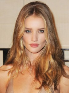 54bcb8c521129_-_hbz-beachy-waves-rosie-huntington-whiteley-053012-xln